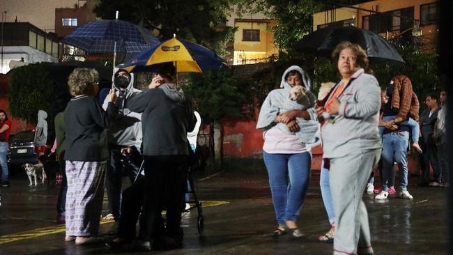 Gempa Bumi 7,0 Magnitudo di Meksiko, Ratusan Warga Panik