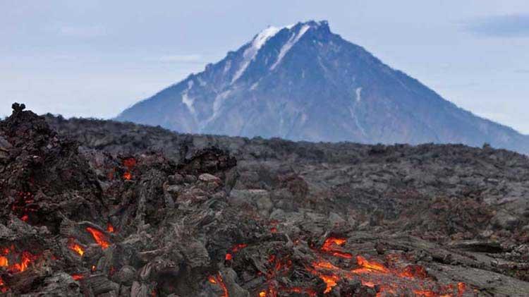 4 Langkah yang Harus Dihadapi Saat Bencana Gunung Meletus